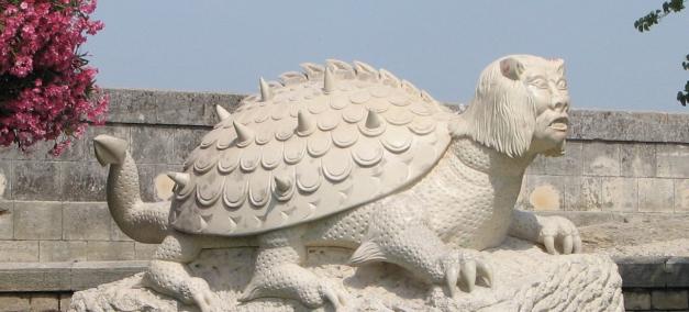 Tarasque Statue in Tarascon