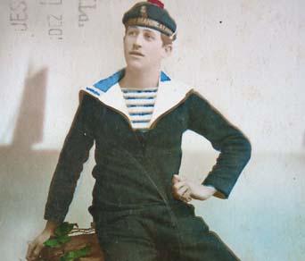 Sailor uniform w stripe shirt